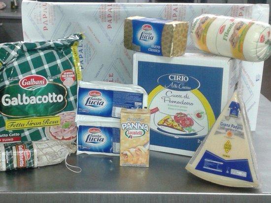 Gastronomia fll PAPALE: Dal 1980 la G fll Papale cerca di darvi il meglio scegliendo la qualita' con i  migliori prodott