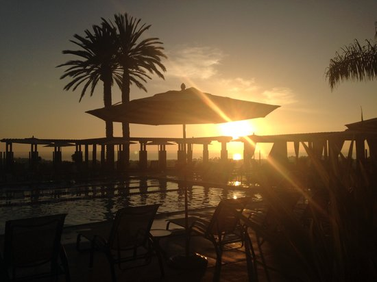 Grand Pacific Palisades Resort and Hotel: sunset 2