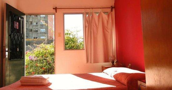 El Viajero Colonia Hostel & Suites: Habitación privada