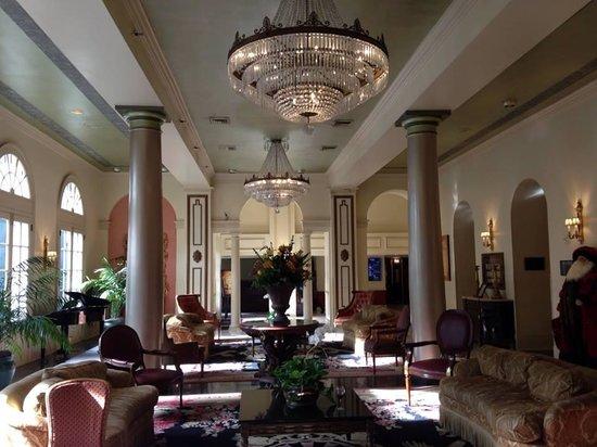 Bourbon Orleans Hotel: Gorgeous Lobby