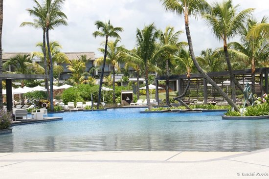 "Long Beach Golf & Spa Resort : La ""grande"" piscine"