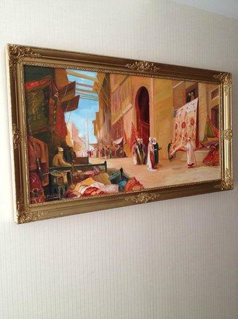 Aprilis Hotel: paint