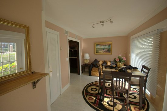 Club Land'or Resort: Dining area of new 2 BR