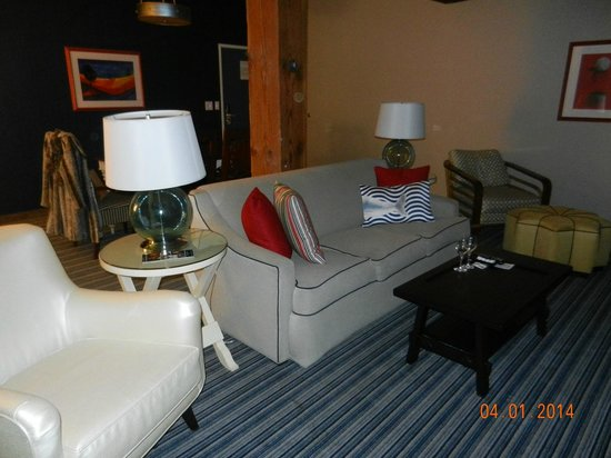 Argonaut Hotel, A Noble House Hotel : Lounge Area of our suite