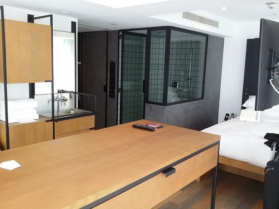 The Glass Shower Cabin   Picture Of Residence G Hong Kong (by Hotel G),  Hong Kong   TripAdvisor