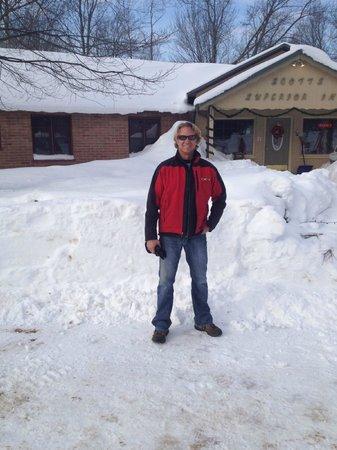 "Scott's Superior Inn & Cabins: They call this an ""AVERAGE"" snowfall year!"