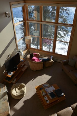 Surfside on Lake Superior: Photo taken from the second story loft looking down on living room.