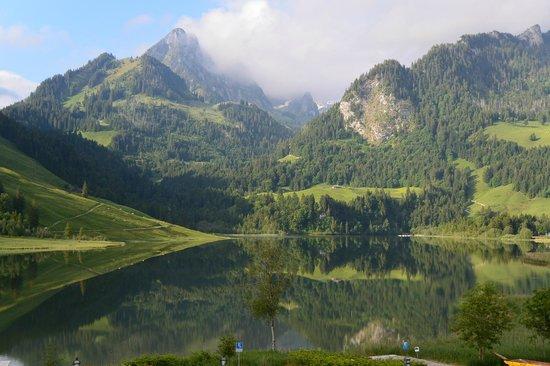 Hostellerie am Schwarzsee: Blick auf den schönen Schwarzsee