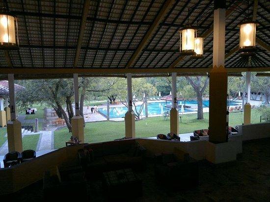 Amaya Lake, Lobby&Swimming pool