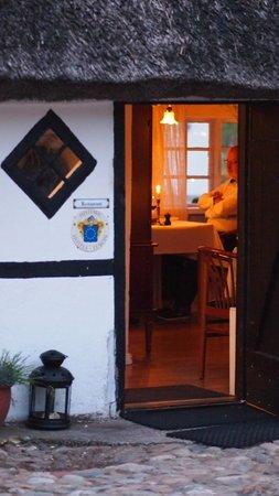 Strandgaarden Badehotel: Cosy restaurant