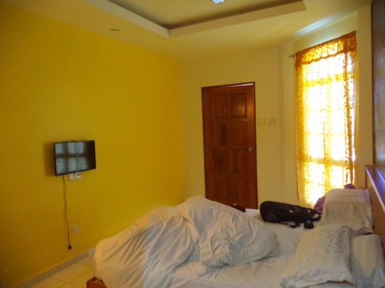 Landcons Hotel: Room