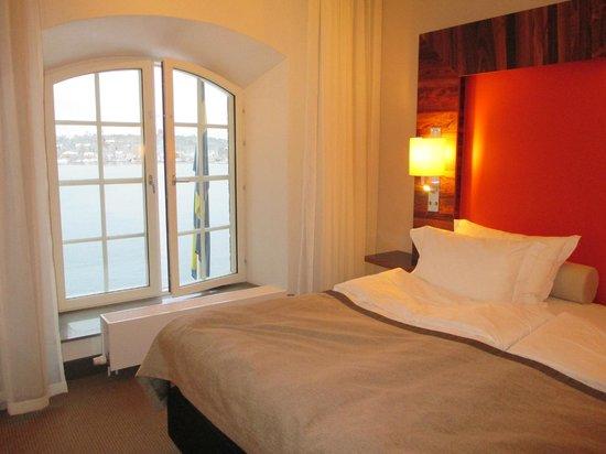Elite Hotel Marina Tower: Vårt härliga deluxrum