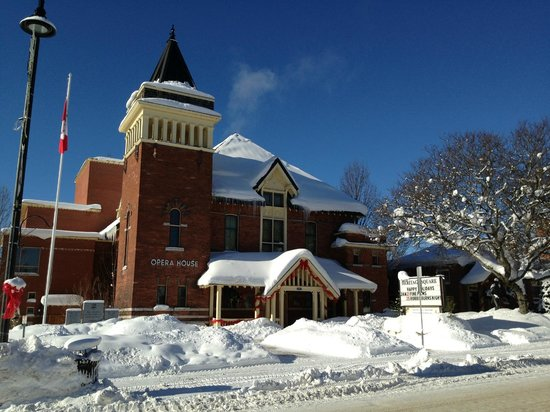 The Gravenhurst Opera House: View of the Opera House during the winter