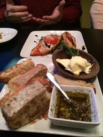 Malia Mediterranean Bistro : Bread and Oil at the Table.