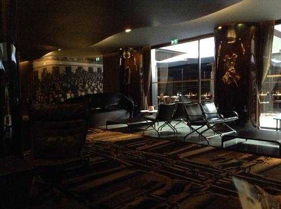 Hotel Teatro Porto : coté bar