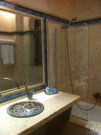 Mount Zion Hotel: Ванная комната
