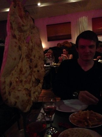 Akbar's: Naan bread for two!