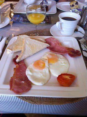 Sika Lodge B & B: My first Irish breakfast