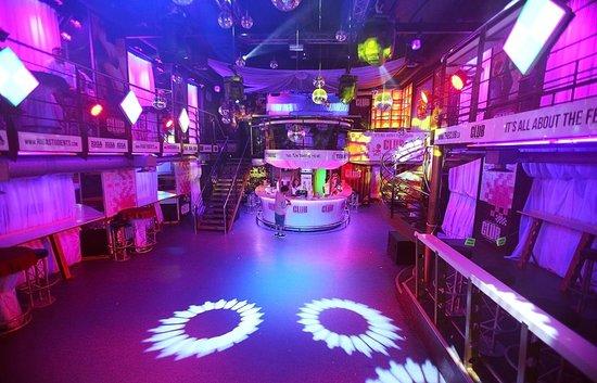 Латвия ночные клубы форум донецке ночной клуб