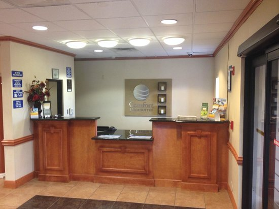 Comfort Inn & Suites Chipley: Lobby