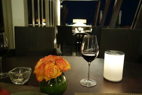 Park Hyatt Abu Dhabi Hotel & Villas : Beach Restaurant
