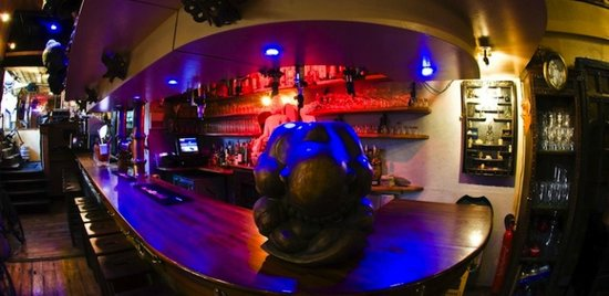 Tibetan Cafe : The Bar