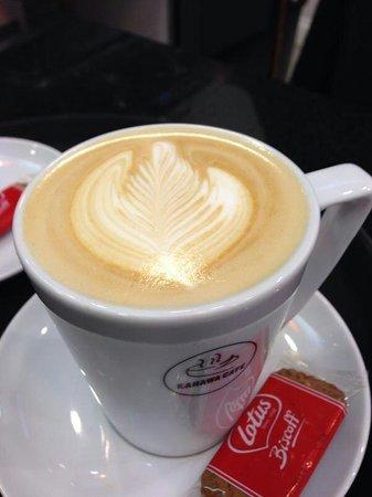Kahawa Cafe: Latte art
