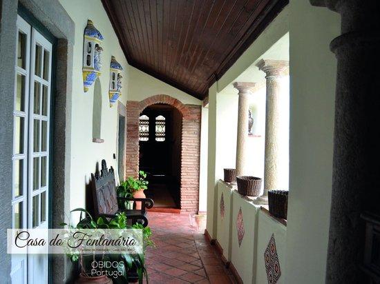 Casa do Fontanario : Quarto Duplo Superior com Cama Extra  - Entrada