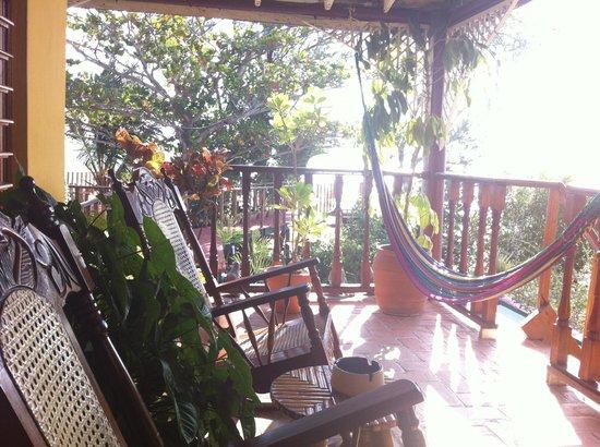 Hostal Villa Lagarto : Hammock, rocking chairs