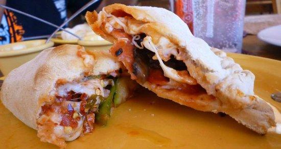 Pan Que Pan: Calzone