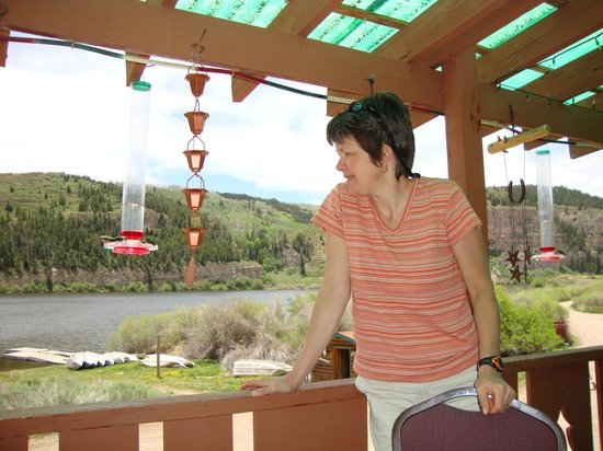 Sweetwater Lake Resort: View from deck off the restaurant over looking the lake