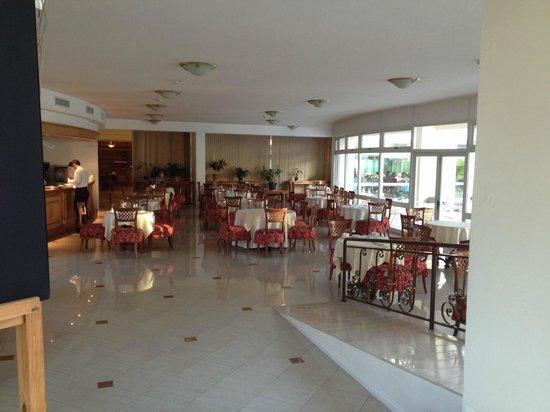 Parque Hotel Jean Clevers : Um dos salões do restaurante