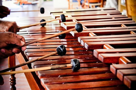 Sheraton Buganvilias Resort & Convention Center: Puerto Valarta Marimba en Sunday Brunch