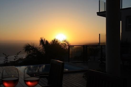 classicalView: Sonnenuntergang auf der Terrasse