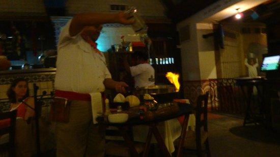 La Destileria: Cooking the shrimp in front of us