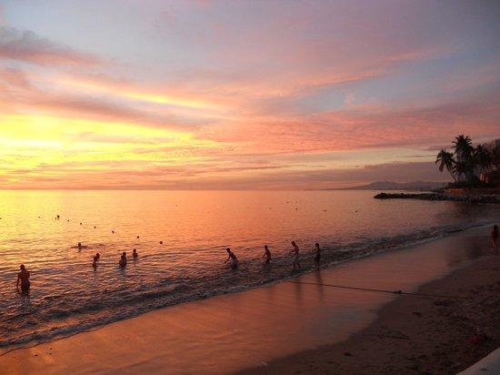 Las Palmas by the Sea: Beautiful Sunset