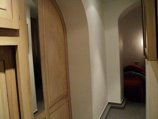 Hotel Goldener Hecht: Cupboard