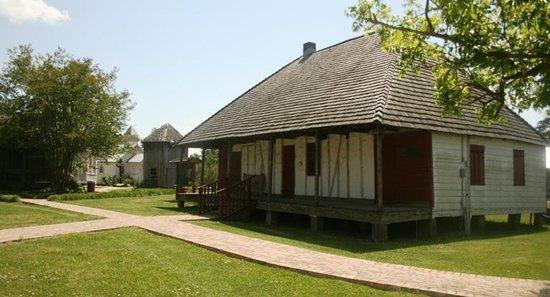 Le Vieux Village de Poste des Opelousas