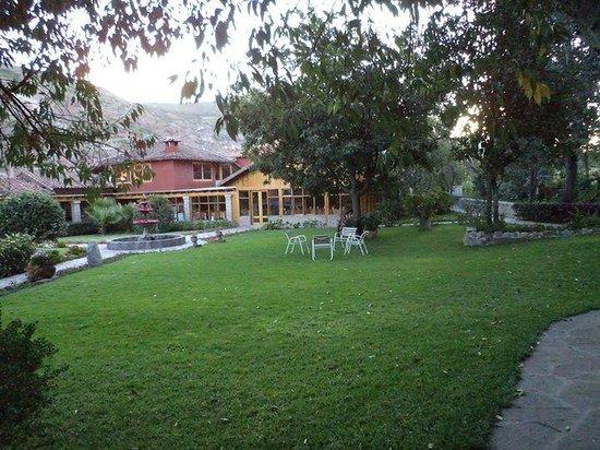 San Agustin Urubamba Hotel: jardín