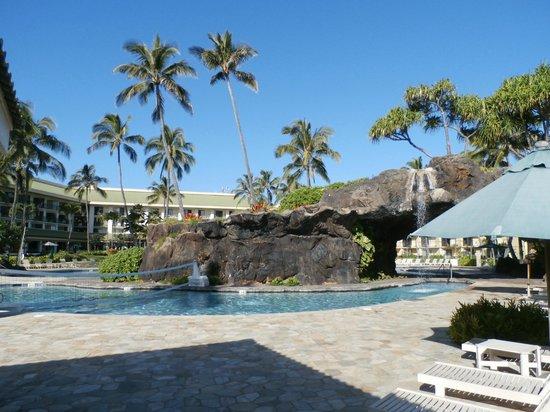 Kauai Beach Resort : Beautiful pool areas