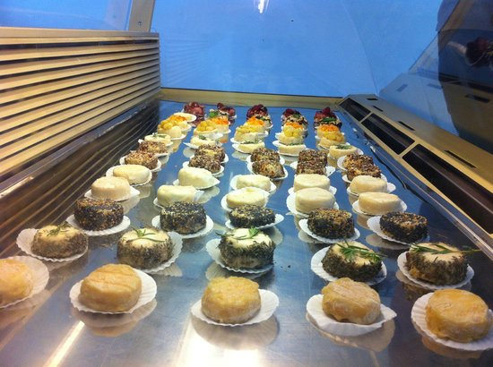La Ferme des Cairns : Les gammes de fromages frais.