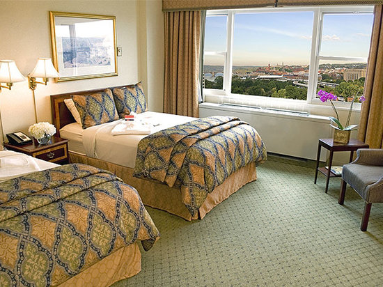 George Washington University Inn: Traditional Guest Room