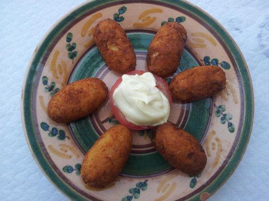 Hotel Restaurante Atalaya: Croquetas caseras