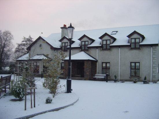 Mountain View B & B: Mountain View in the snow
