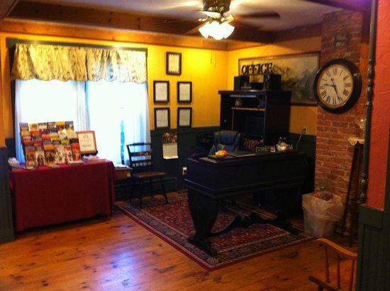 Cornell Inn Lenox: Reception at the Cornell Inn.
