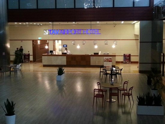 TAV Airport Hotel : Reception