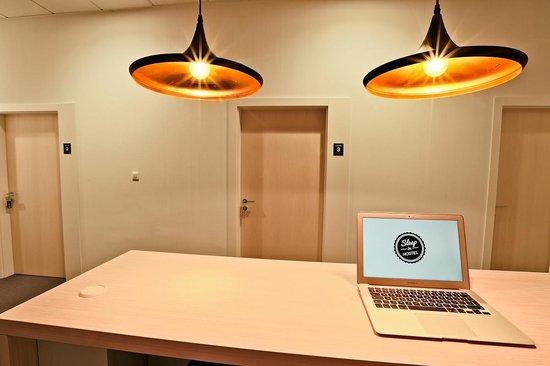 Sleep In Hostel & Apartments: Reception