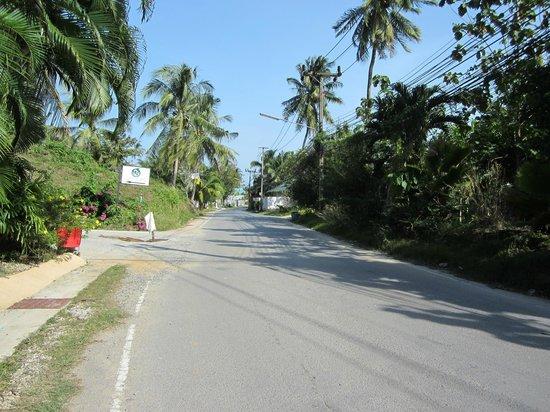 Coco Palace Resort: vägen från resorten