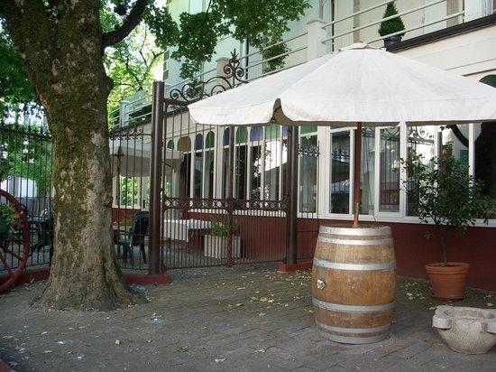Au Pavillon du Frene