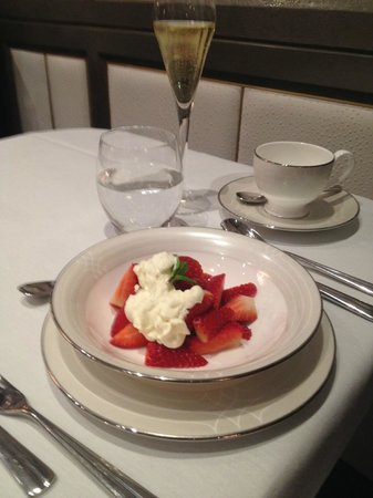 The Wellesley Afternoon Tea: Strawberries and cream! July comes to February!